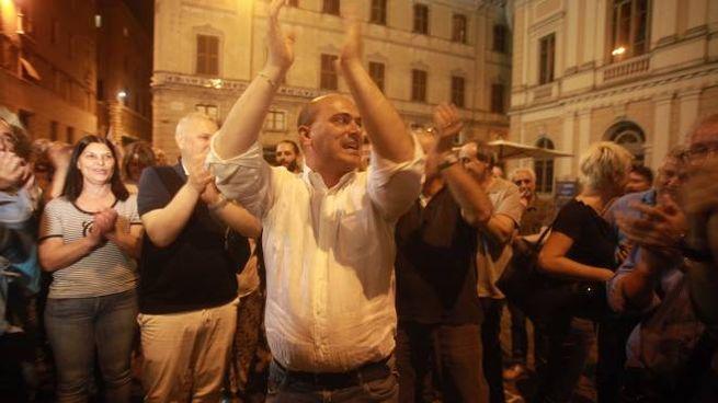 La festa di Simone Pugnaloni, rieletto sindaco di Osimo (foto Antic)