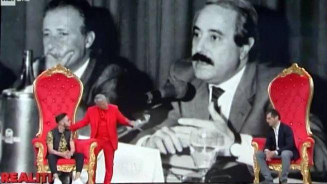 Un fermo immagine tratto dalla trasmissione 'Realiti' (Ansa)
