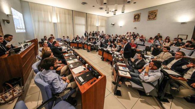 Il nuovo Consiglio comunale di Pesaro (Fotoprint)