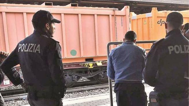 Reggio Emilia, palpeggia poliziotta: arrestato