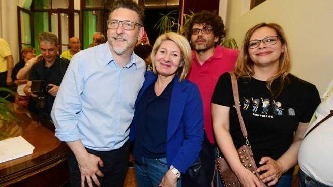 Edoardo Gaffeo con Mirella Zambello uno dei futuri assessori (Donzelli)