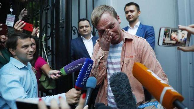 Mosca, libero il giornalista investigativo Ivan Golunov (Ansa Ap)