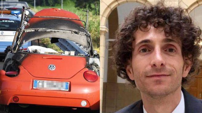 Andrea Borgogelli, quarant'anni; la macchina parzialmente incendiata