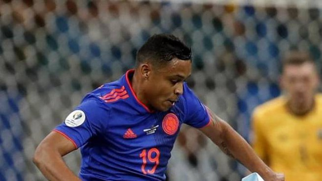 Luis Muriel con la maglia della Colombia durante la sfida con l'Argentina (Afp)