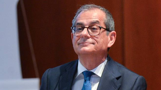 Il ministro Giovanni Tria (Imagoeconomica)