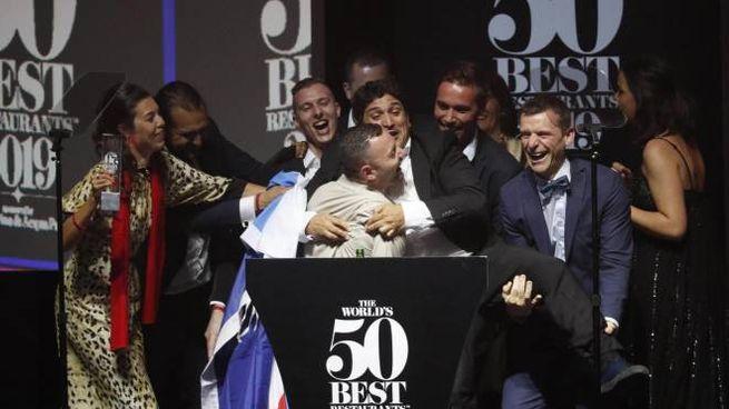 Premio a Mauro Colagreco, chef italo-argentino del ristorante Mirazur a Mentone (Epa Ansa)