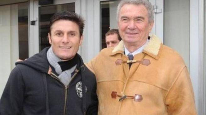 Tagliavini con l'ex capitano dell'Inter, Zanetti in una recente visita ad Appiano Gentile