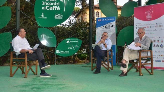 Un momento dell'incontro con La Nazione a La Versiliana (Umicini)