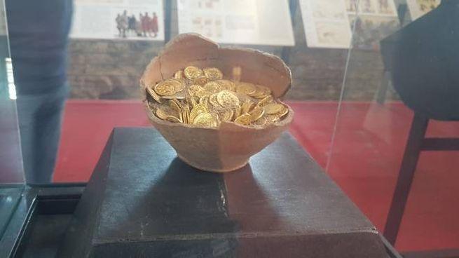 Clamoroso colpo al museo: rubato il tesoro di San Mamiliano, vale 300mila euro
