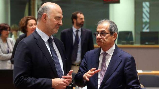 Pierre Moscovici (sx) e Giovanni Tria (LaPresse)