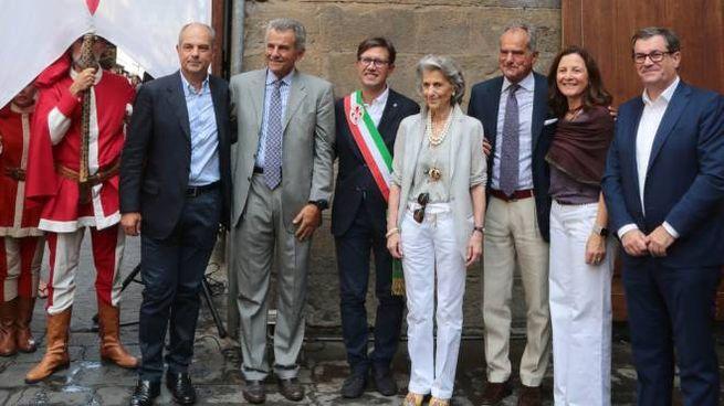 La cerimonia di intitolazione della piazzetta (Foto Umberto Visintini/New Press Photo)