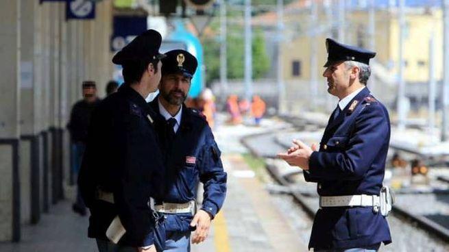 Bologna, ingoia eroina. Arrestato (Foto di repertorio Immagini)