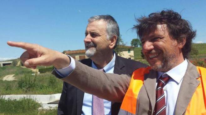 L'assessore Vincenzo Ceccarelli con il commissario Alessandro Annunziati