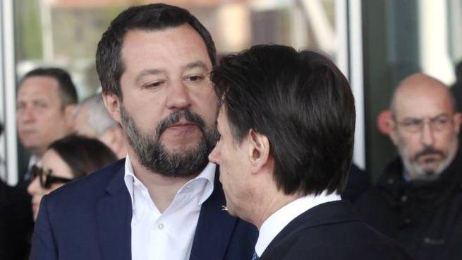Il vicepremier Matteo Salvini e il premier Giuseppe Conte (Imagoeconomica)