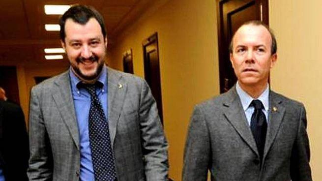 Foto datata 18 novembre 2016 dal profilo Facebook di D'Amico con Salvini e Savoini (Ansa)