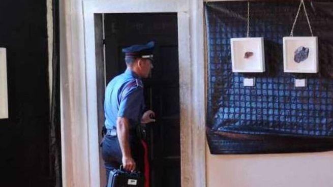 I carabinieri di Barga indagano sul caso del toner messo nella macchinetta del caffè