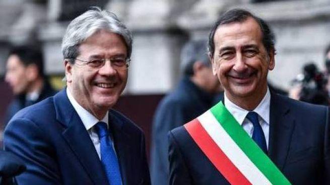 L'ex premier Paolo Gentiloni, 64 anni, e il sindaco Giuseppe Sala, 61
