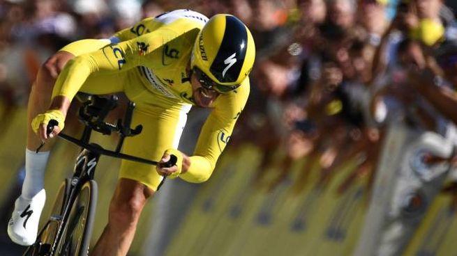Tour de France 2019, Alaphilippe vince al crono di Pau (LaPresse)
