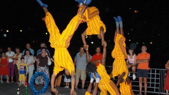 Uno spettacolo del Busker Festival