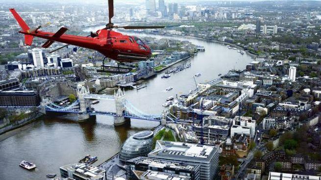 Si potrà cenare in un elicottero che vola sopra Londra