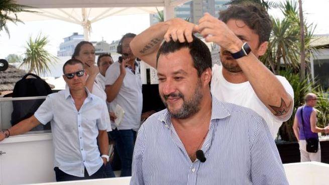 Matteo Salvini al Papeete (LaPresse)