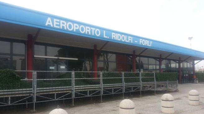 Forlì, l'aeroporto Ridolfi (Foto Dire)