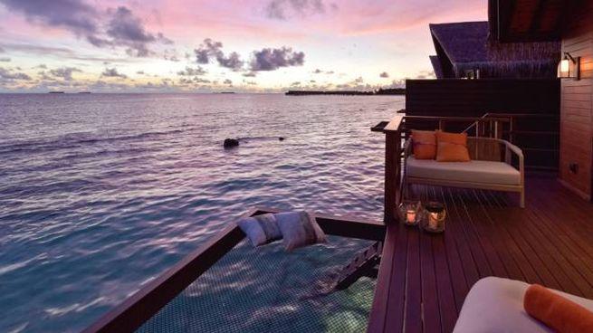 Una camera con la rete sul mare - Foto: parkhotelgroup.com/en/maldives