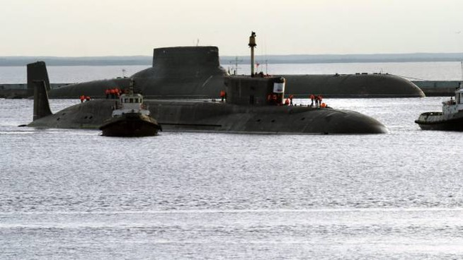 Un sottomarino russo nel porto di Severodvinsk (Ansa)