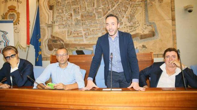 Vis Pesaro, Bosco si presenta in Comune (Fotoprint)