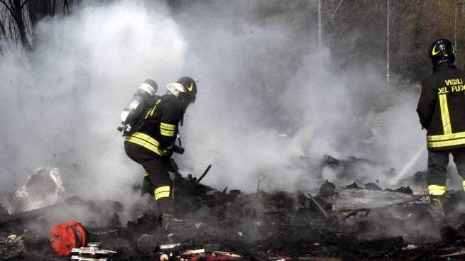 Incendio rifiuti a Desio