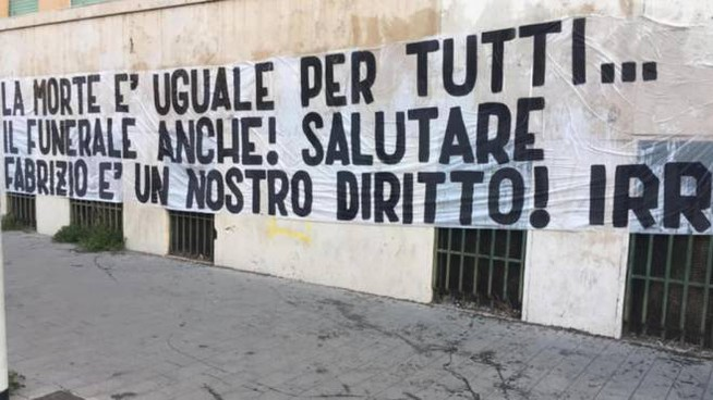 Gli irriducibili della Lazio rivendicano il diritto a partecipare ai funerali di Diabolik