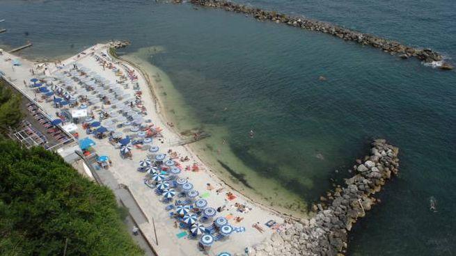 Ancona, divieto di balneazione tra Torrette e il Passetto (Foto Antic)