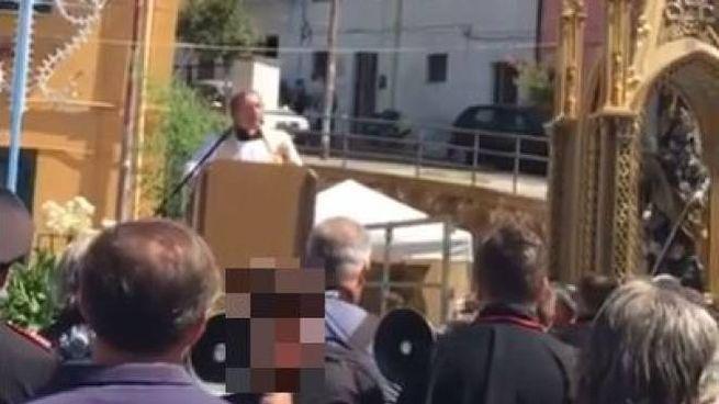 Don Donato Piacentini alla festa di San Rocco (Video da Facebook)