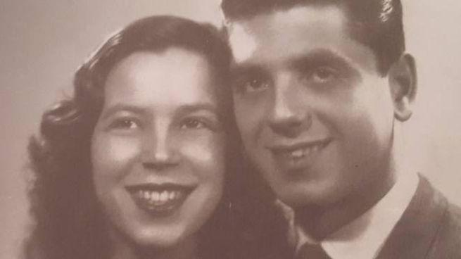 Una giovane Marina Biagioni col suo amore Rolando
