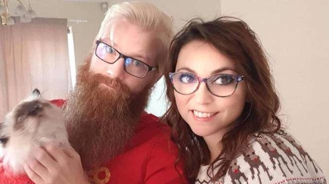 Janny e Tiziana cedono gratis la loro casa. Unica condizione: accudire il micio