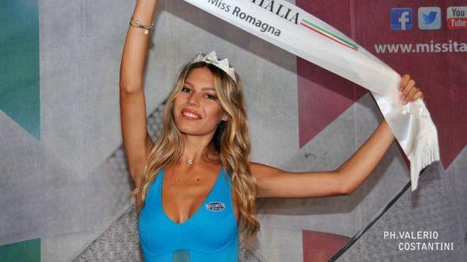 Virginia Avanzolini, 18 anni di Zola Predosa, è Miss Romagna 2019 (foto Costantini)