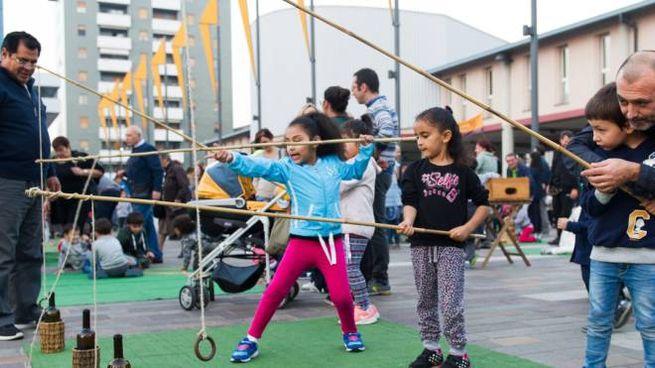 Giochi in piazza Oldrini