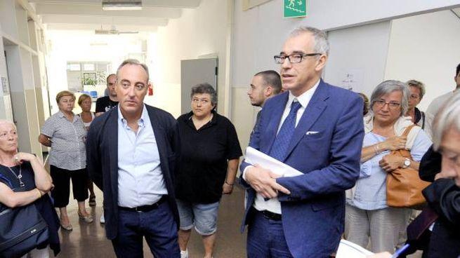L'assessore regionale Giulio Gallera  con il sindaco Simone Negri