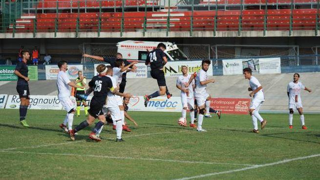 Un'azione di Forlì-Sporting Franciacorta (foto Frasca)