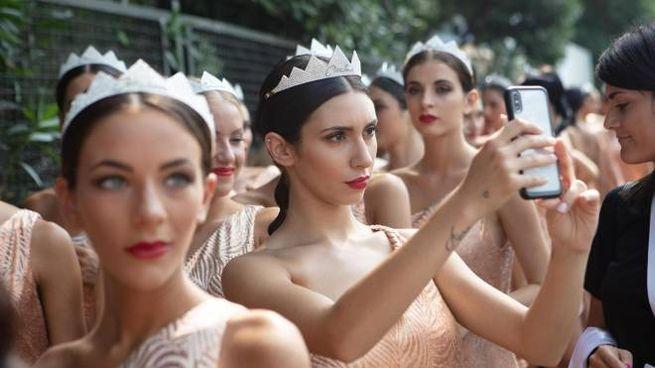 Miss Italia 2019, le 80 finaliste aalla Mostra del cinema di Venezia (Ansa)
