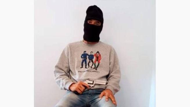 Video postato da Fabio Gaudenzi, estremista di destra vicino a Carminati