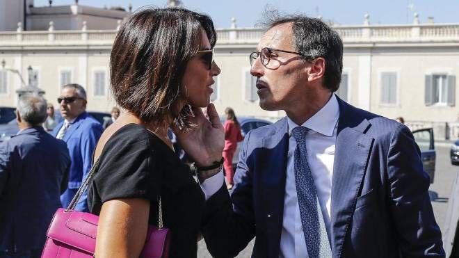 Nunzia De Girolamo, il marito giura al Colle e lei ruba la scena alle  ministre - Politica