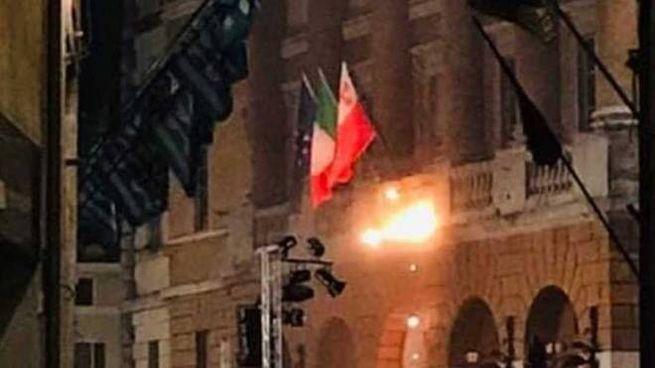 """La foto pubblicata da Alessandro Reali sulla pagina Fb """"Segnalazioni Foligno"""""""