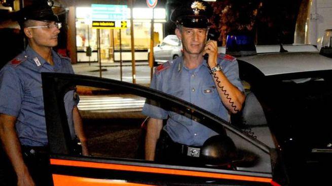 I carabinieri sono subito intervenuti e hanno identificato il soggetto
