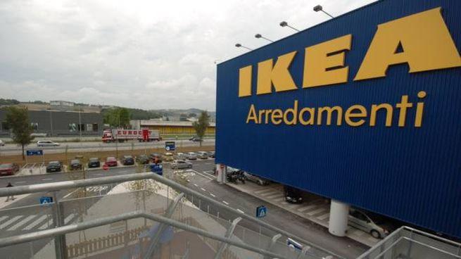 L'Ikea di Ancona-Camerano (Ancona)