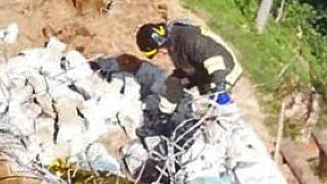 I pompieri nel cantiere di San Bartolomeo