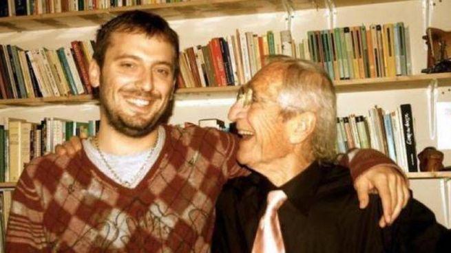 Un giovane Cesare Cremonini con il padre Giovanni