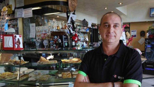 Il bar Corsi di Sergio Margheri che ha subito più di 36 furti in 10 anni