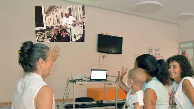 In Pediatria diretta col Pontefice