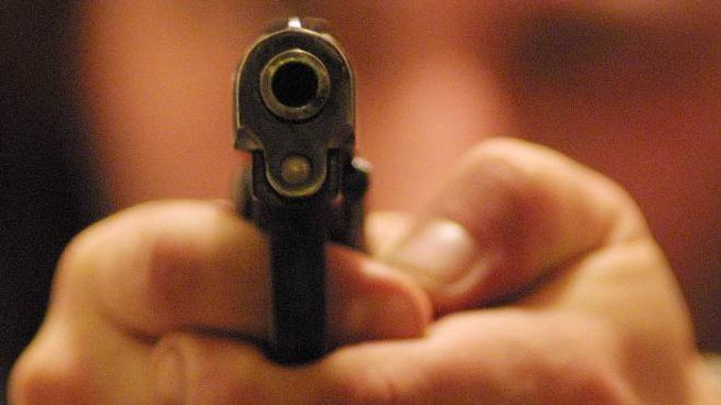 I banditi erano armati di pistola, probabilmente giocattolo (Pressphoto)